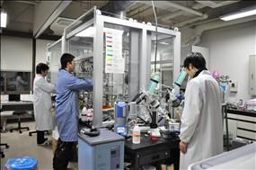 合成実験室